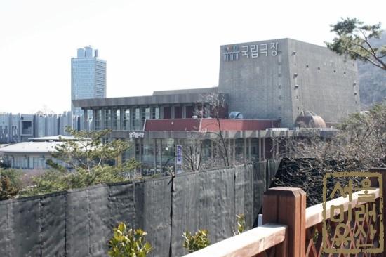 국궁장 가는길 국립극장