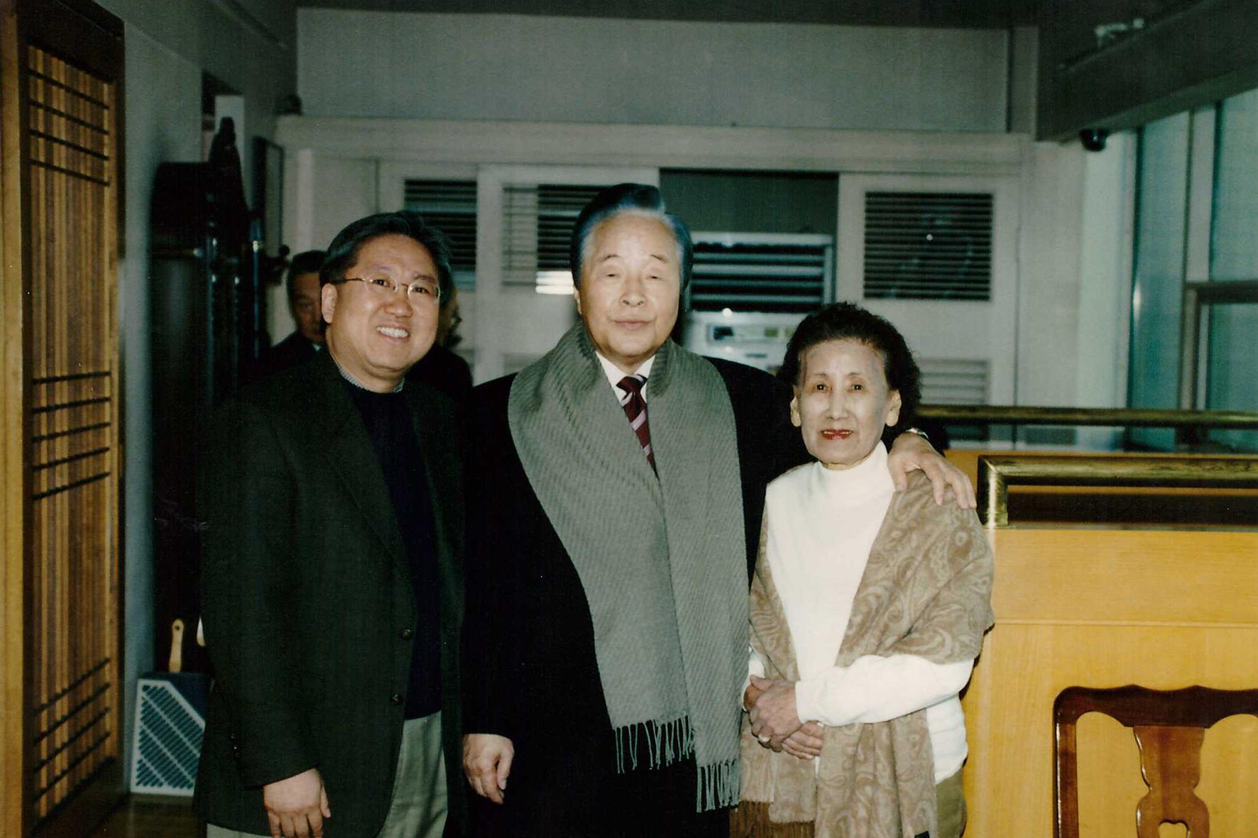 故김영삼 前대통령 방문 기념사진