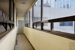 동화약품 건물 내부 복도1