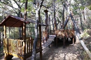 삼청공원 숲속쉼터2