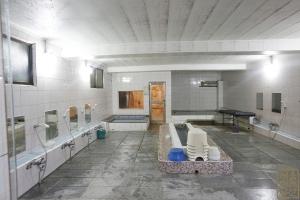 성수목욕탕 남탕 욕실 내부2