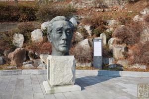 손기정기념관(구양정고) 두상