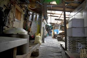 영천시장 내부 골목2