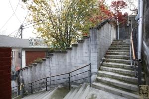 장수마을 계단5
