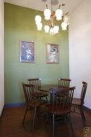 독수리다방 내부 테이블4