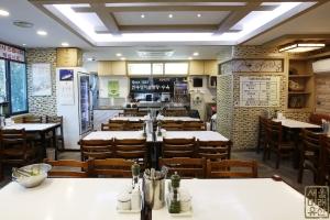 마포옥 내부 식당 좌석1