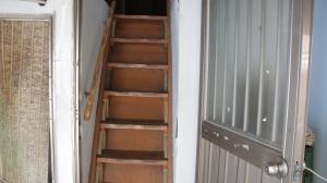 영등포 쪽방촌 계단